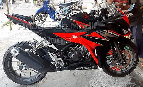 Undertail Cbr150r Facelift Zaman Now