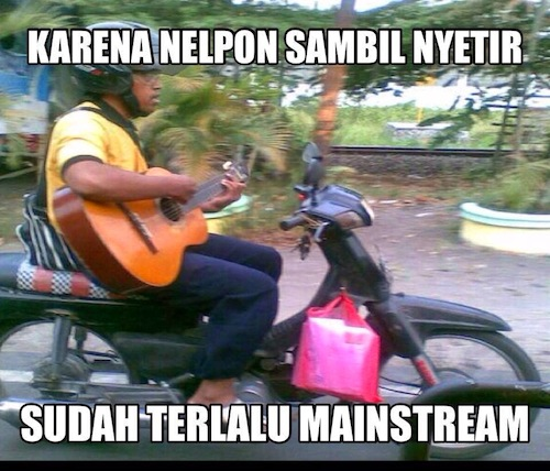 Anti Mainstream